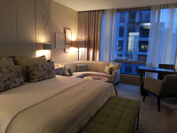 Four Seasons Hotel deluxe room