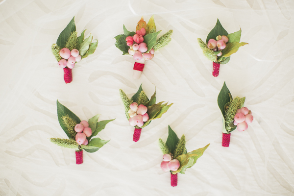 Romantic Cranberry and Peach Fall Wedding. Rebecca Chan Weddings & Events www.rebeccachan.ca