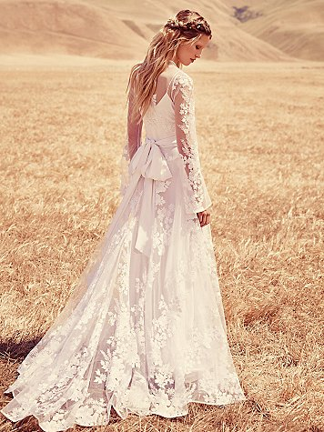Free People Wedding Line - Lillian Gown. As seen on Rebecca Chan Weddings and Events www.rebeccachan.ca