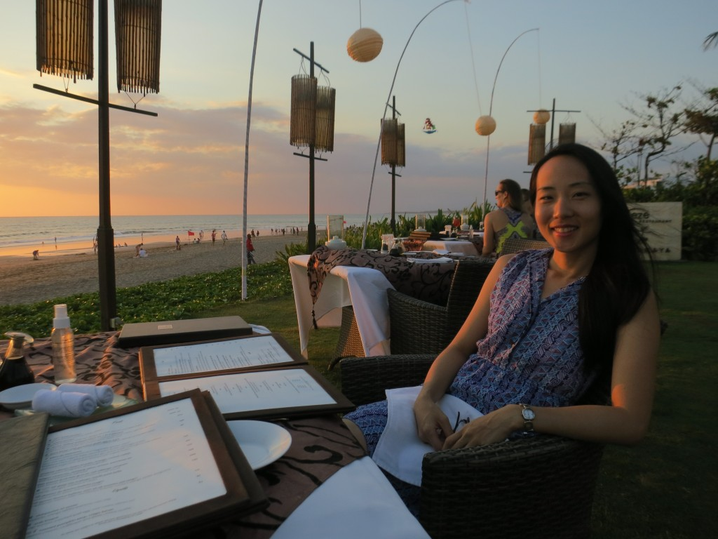 Luxury honeymoon in Bali, Indonesia - Beach side dining at Sea Breeze