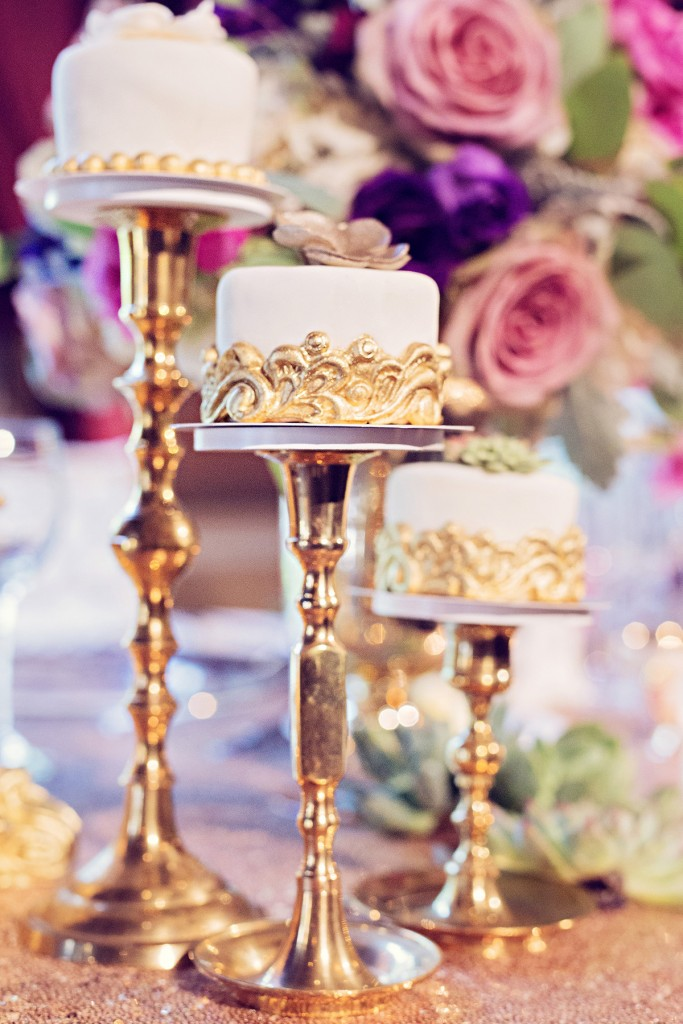 Elegant vintage-inspired purple and gold wedding - mini cakes