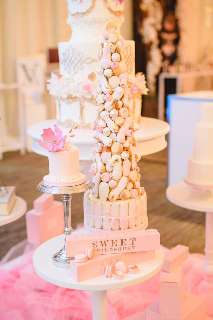 Wedding Trends from the 2016 Wedluxe Show - Lavish sweets tables