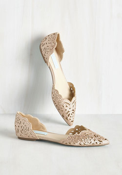 Modcloth bridal collection - Divine dining flat