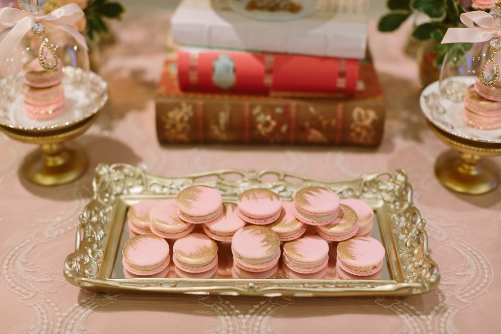 Sweets table - Vintage Afternoon-Tea Inspired Wedding at the Omni King Edward Hotel
