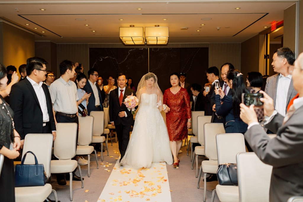 Modern Chinese Wedding at the Four Seasons Hotel Toronto