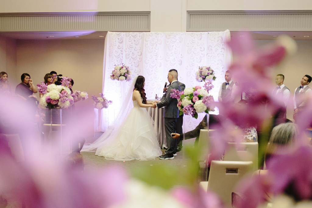 Modern Arcadian Court wedding ceremony
