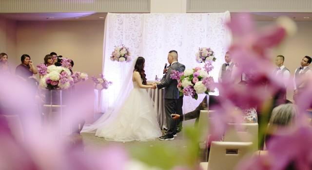 Modern Arcadian Court wedding ceremony