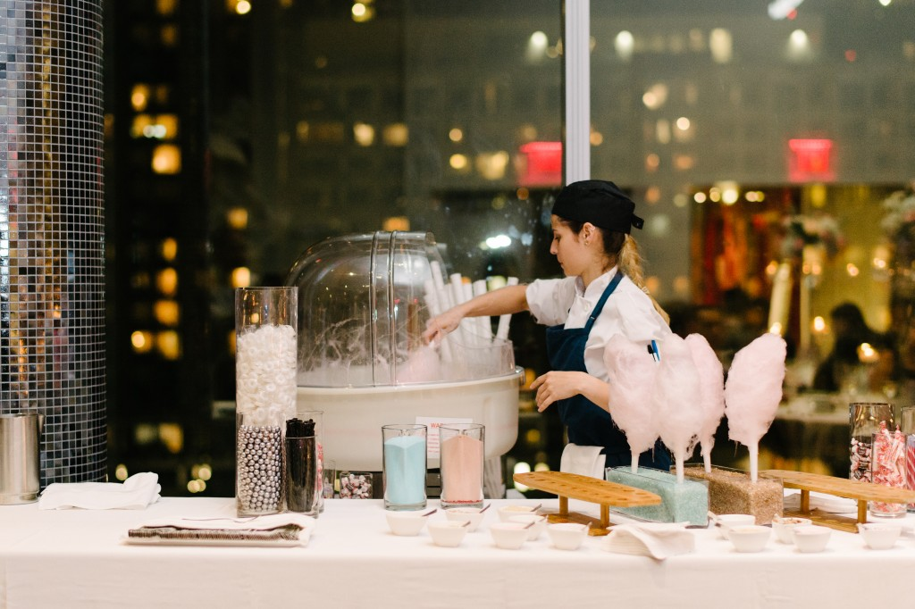 Cotton candy station at Malaparte wedding