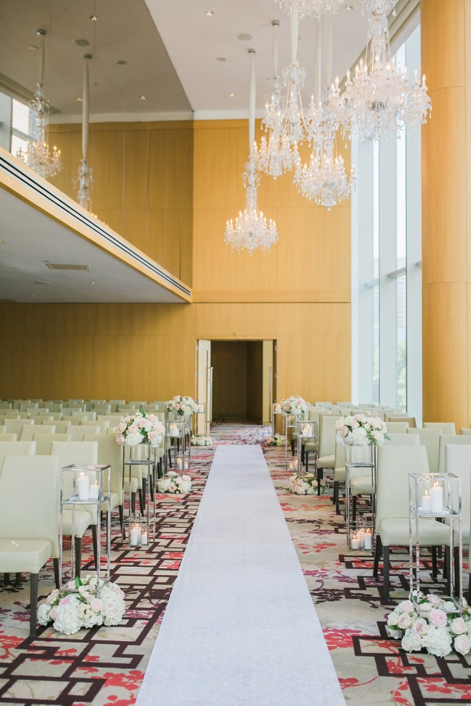 Modern Chinese wedding at Shangri-La Hotel Toronto