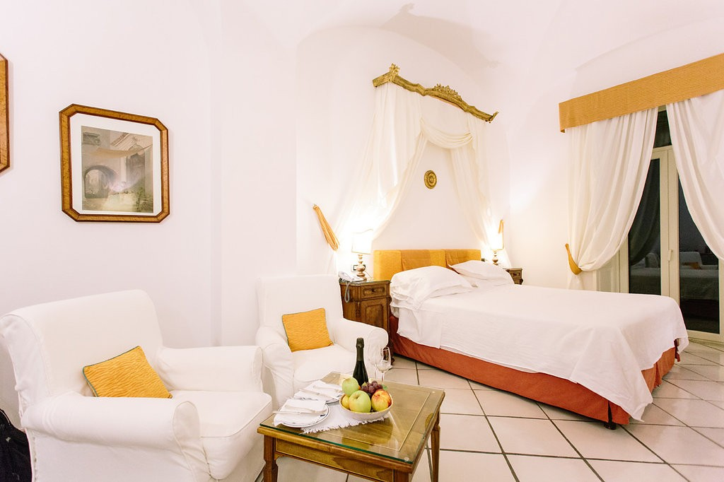 Romantic Amalfi Coast Honeymoon Ideas - Hotel Santa Caterina. Photo: Joee Wong Photography, As seen on www.rebeccachan.ca