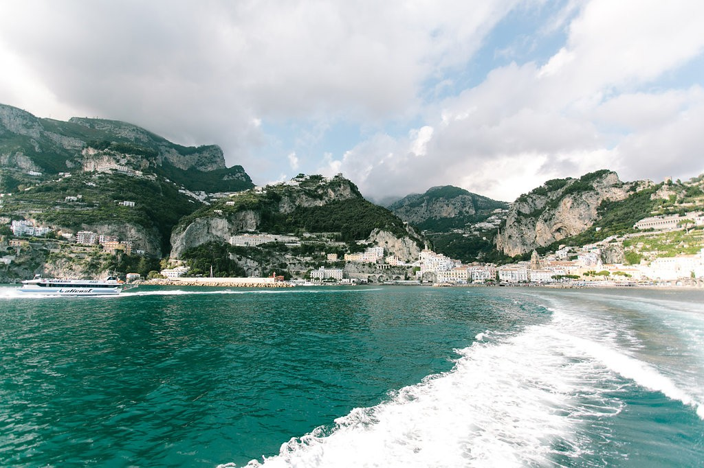 Romantic Amalfi Coast Honeymoon Ideas. Photo: Joee Wong Photography - Take a ferry. As seen on www.rebeccachan.ca