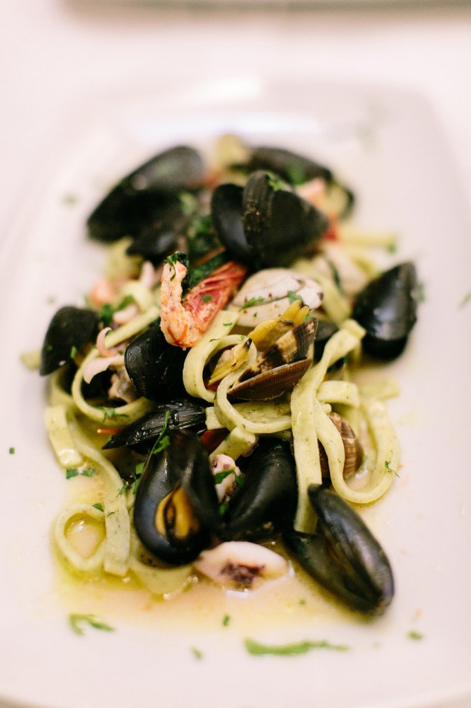 Romantic Amalfi Coast Honeymoon Ideas - What to eat. Photo: Joee Wong Photography, As seen on www.rebeccachan.ca