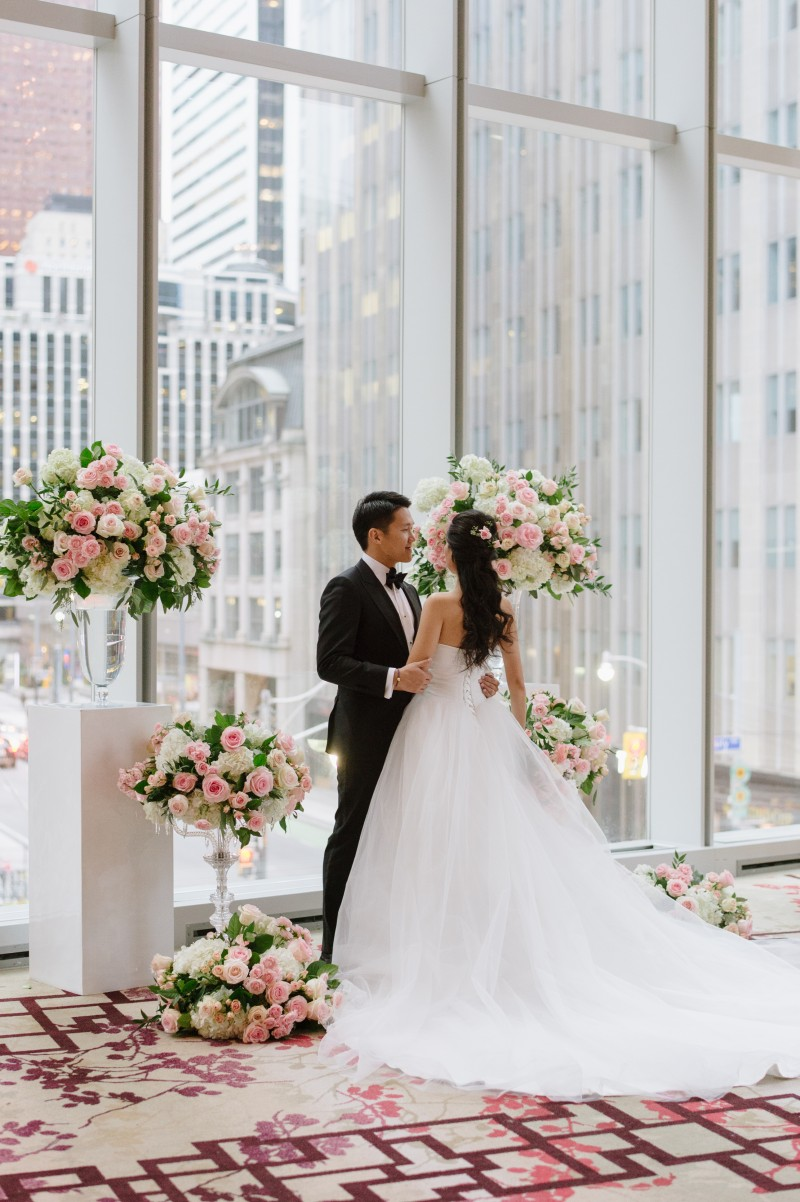Modern Romance - Chinese Wedding at Shangri-La Hotel Toronto