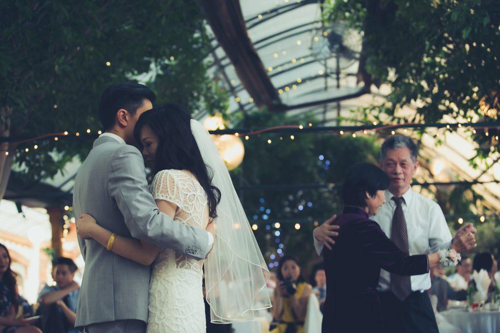 Elegant Madsen's Greenhouse wedding - first dance