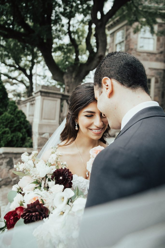 Picturesque garden wedding at Graydon Hall Manor