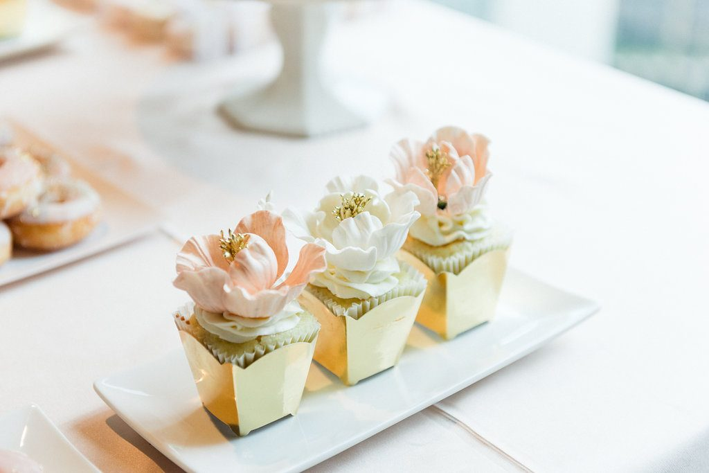 Romantic Blush Wedding at Canoe Restaurant