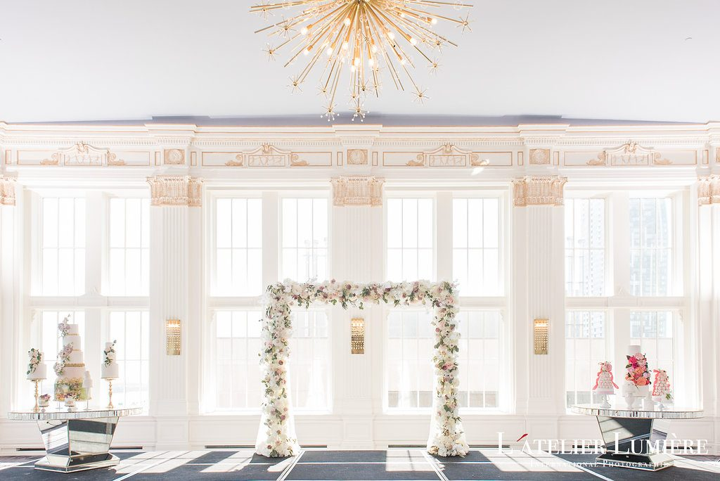 Wedding Academy at the Omni King Edward Hotel - Classic elegance wedding inspiration
