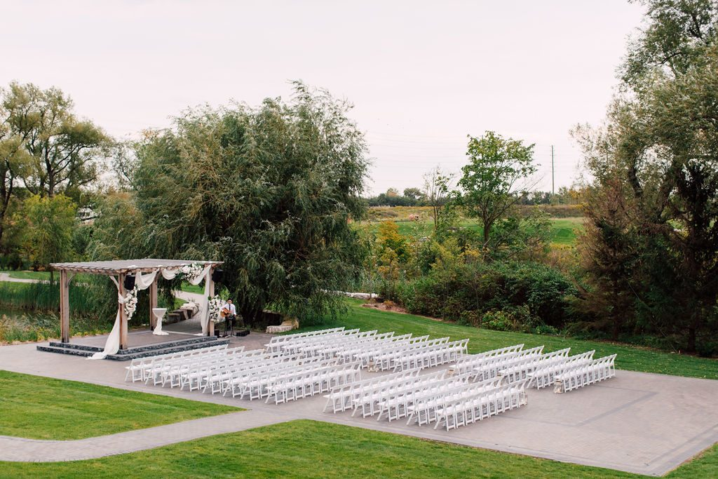 Modern garden wedding with gold and marble