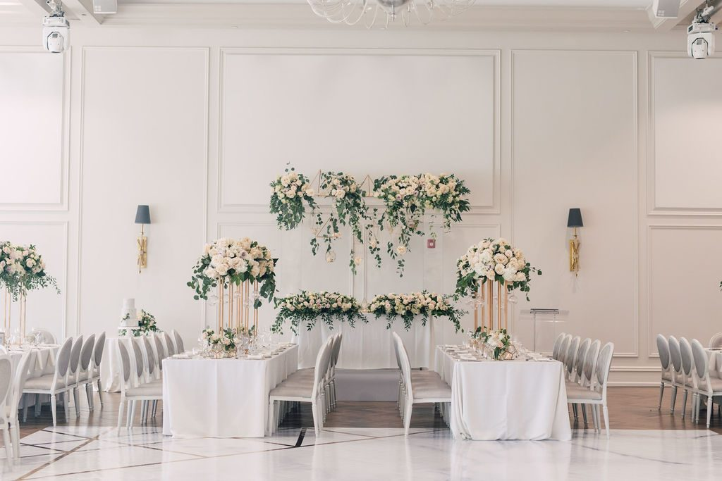Modern garden wedding at Arlington Estate