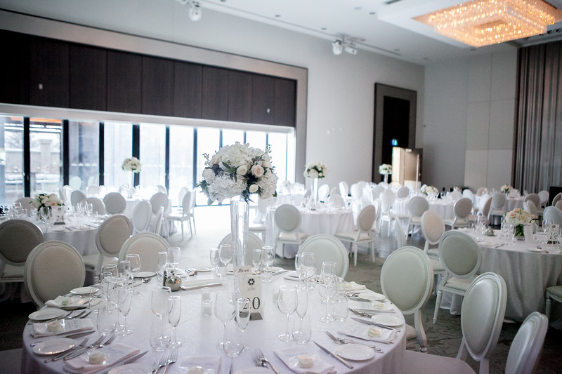 Romantic winter wedding at Chateau le Parc