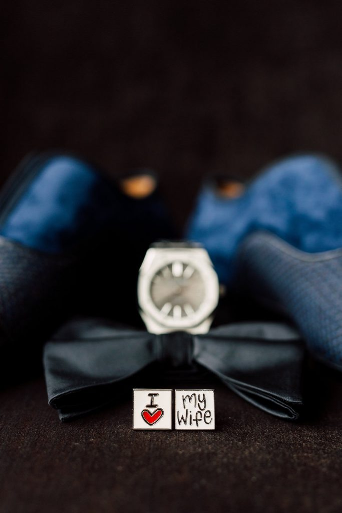 Groom's wedding accessories and cufflinks