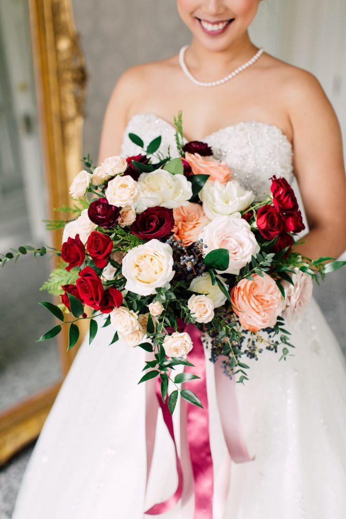 Graydon Hall Manor bride and Rachel Clingen bouquet