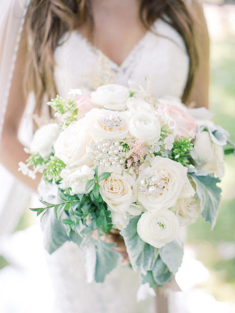 White and blush summer bridal bouquet