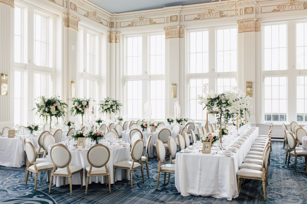 Modern white wedding at Omni King Edward Hotel. Planned by Rebecca Chan Weddings & Events, www.rebeccachan.ca