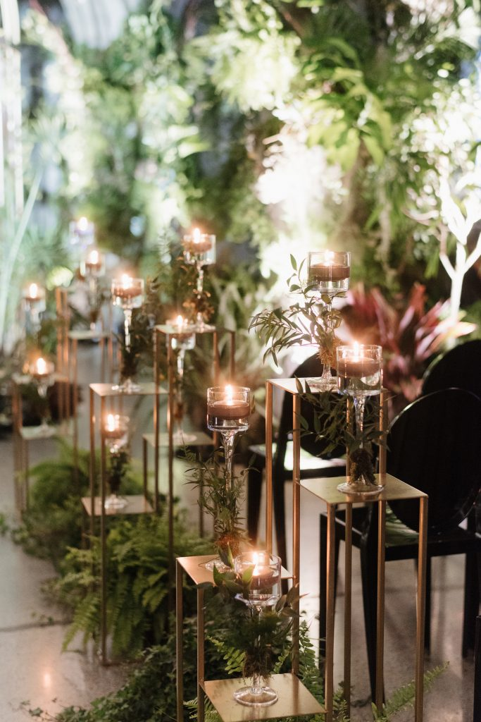 Urban jungle wedding at the Museum of Contemporary Arts