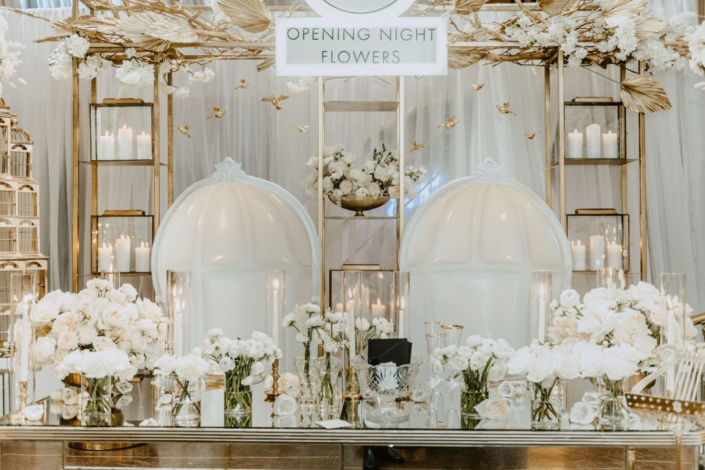 Wedluxe Show 2020 - White and modern blooms