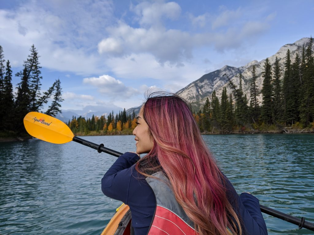 Lake Louise and Banff Honeymoon Guide - Canoe and kayak on Bow River