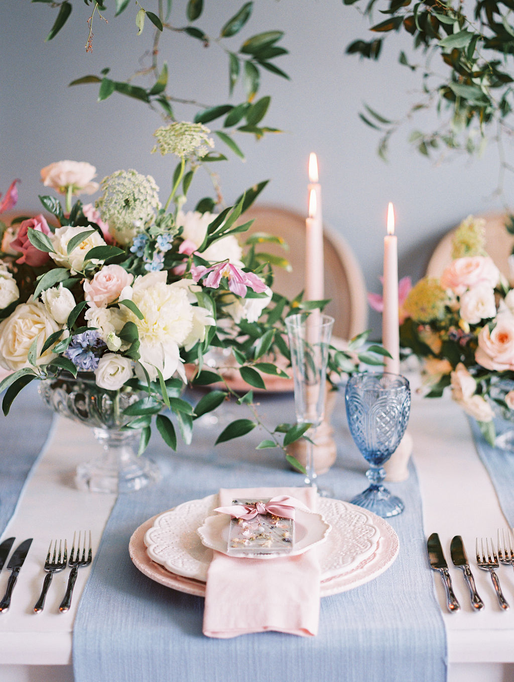 Romantic-French-Garden-WhitneyHeardPhotography-6011138-R1-E003