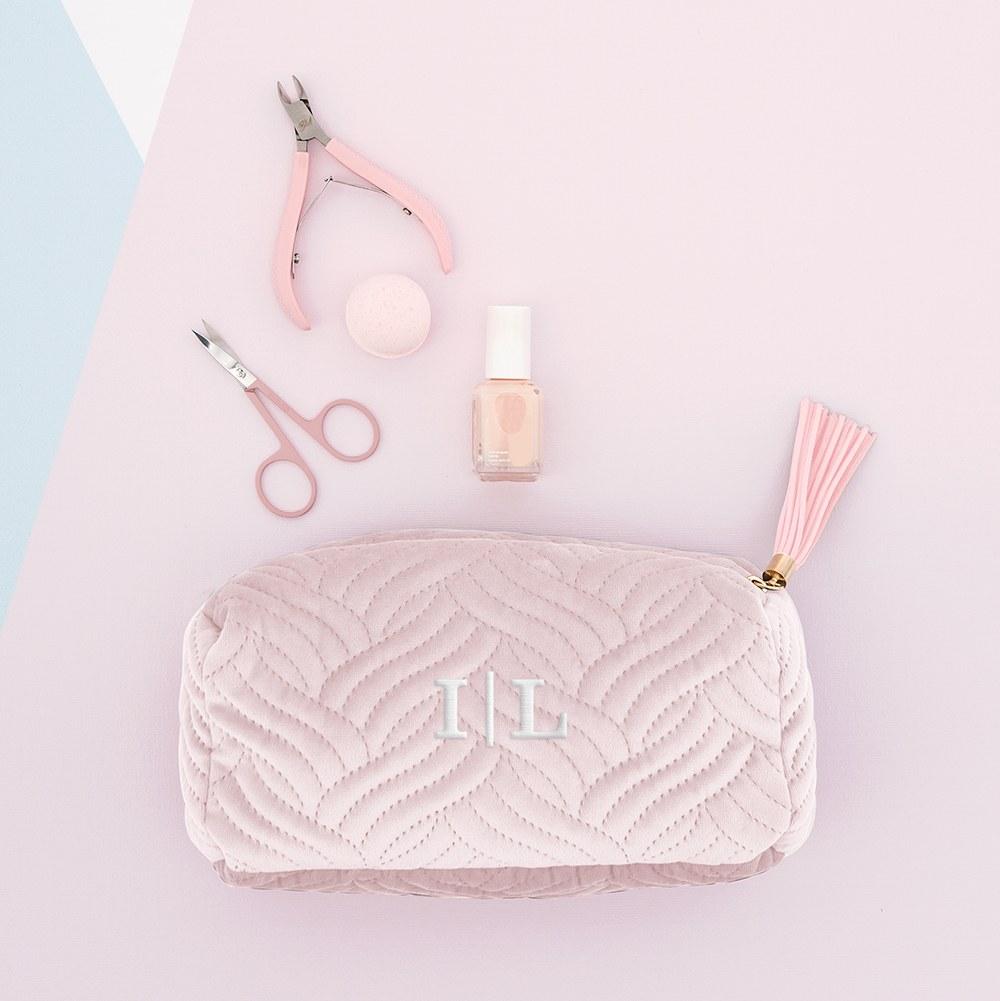 velvet-makeup-bag1