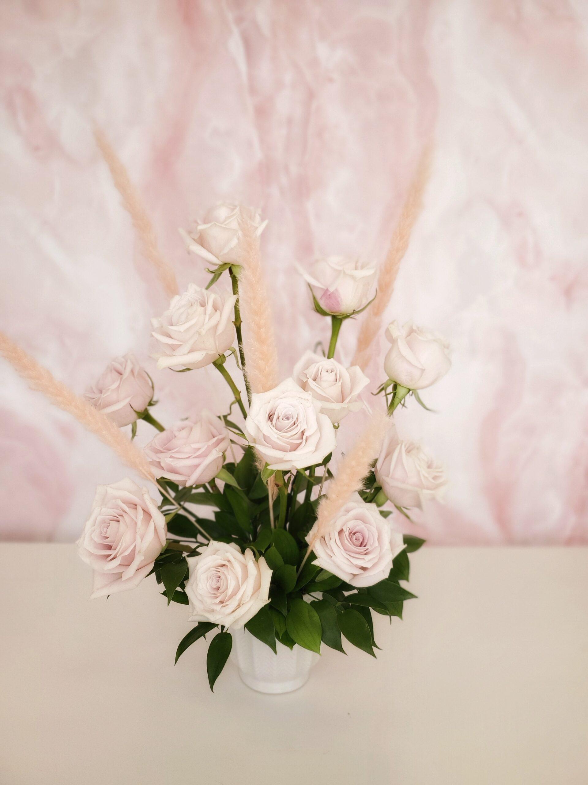 vday-Dozen Roses in Vase Blush
